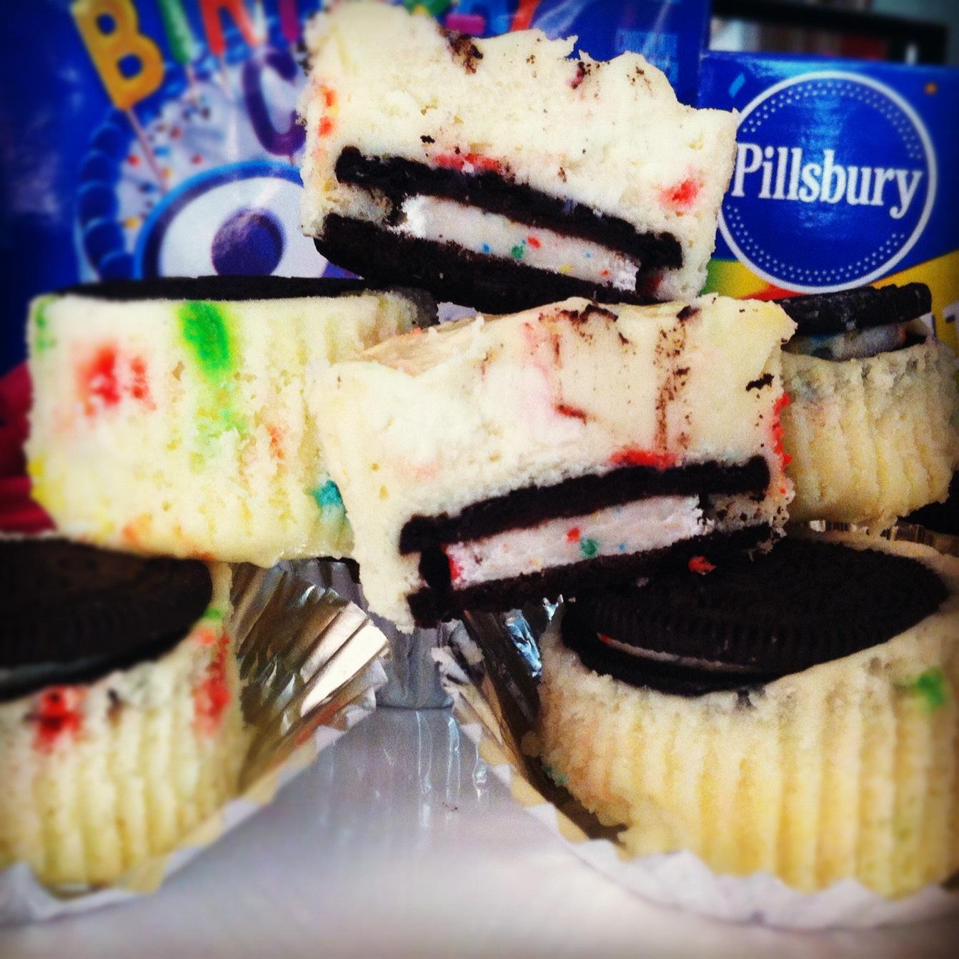 Birthday Cake Oreo Funfetti Cheesecake